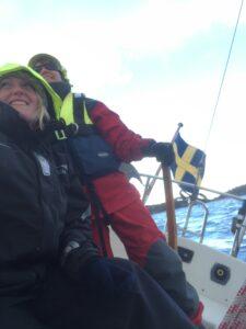 Leia sailing